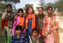Melanie Closs in Anupshahr